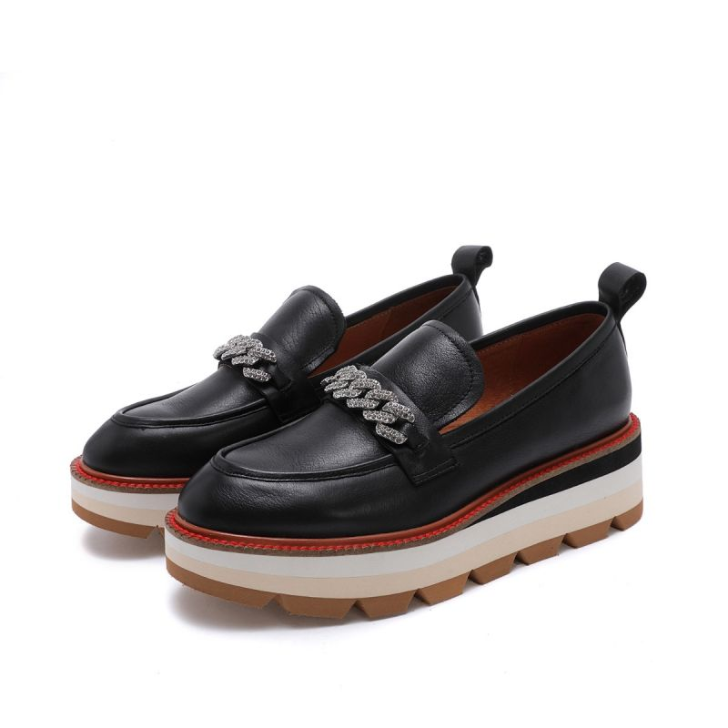 MOCCASIN ON WEDGE WITH STRASS CHAIN LEATHER BLACK