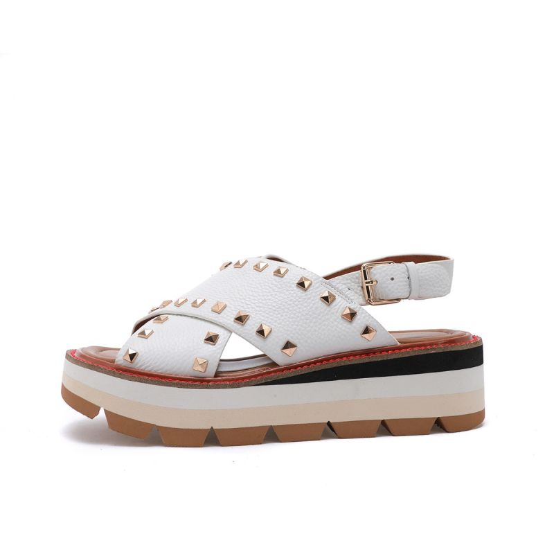 CROSSED SANDAL ON WEDGE WITH STUDS TUMBLED LEATHER WHITE